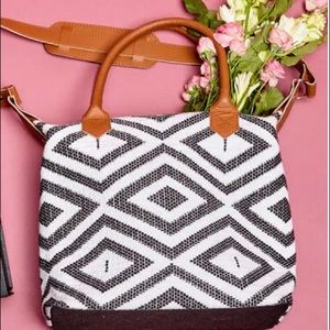 NEW TribeAlive x Box of Style  Carryall